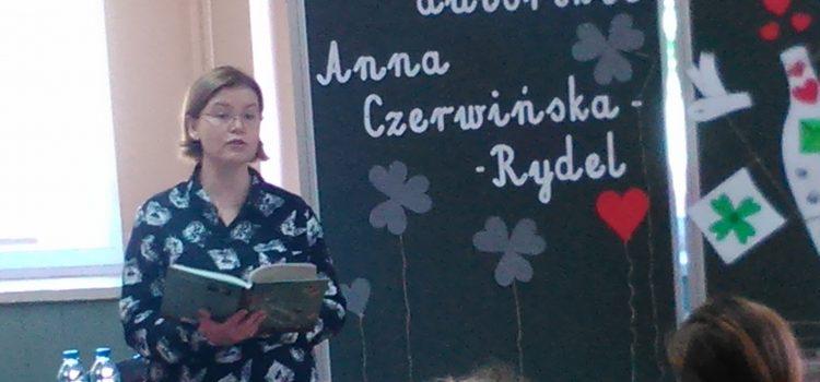 Listy wbutelce – poznajemy historię życia Ireny Sendlerowej
