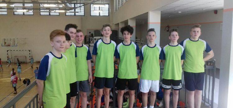 Mistrzostwa Powiatu wpiłce koszykowej chłopców klas VII-VIII